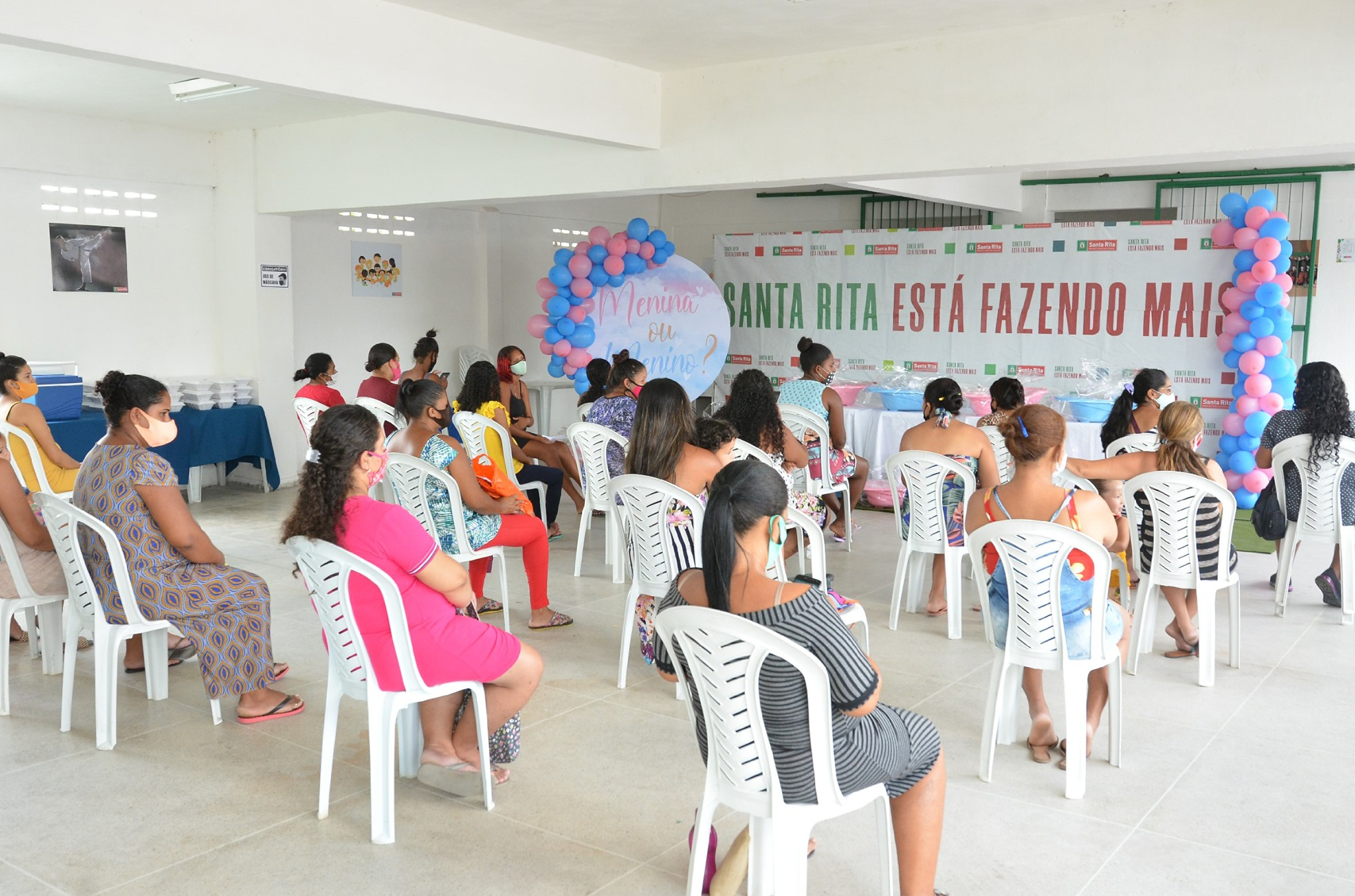 Prefeitura de Santa Rita entrega kits de enxovais e fortalece proteção social às famílias